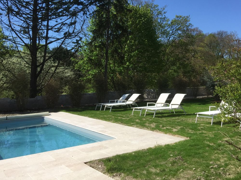 location-holiday-pool-cottage-domaine-plessis-gallu-EN